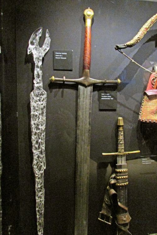 weapons (2)