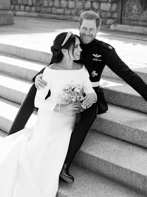 02-Lubomirski-Kensington Palace- via AP