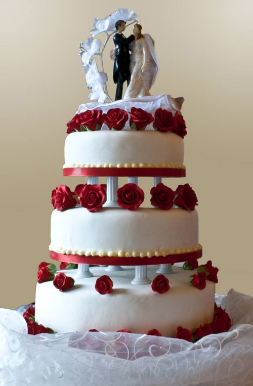 18-Typical Wedding-Cake-800
